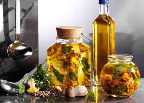 Pilzgerichte: Eingelegte Pilze Foto: Wirths PR